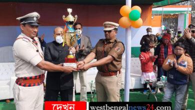 মুর্শিদাবাদ জেলায় সাড়ম্বরে পালিত হল ৭২ তম প্রজাতন্ত্র দিবস - West Bengal News 24