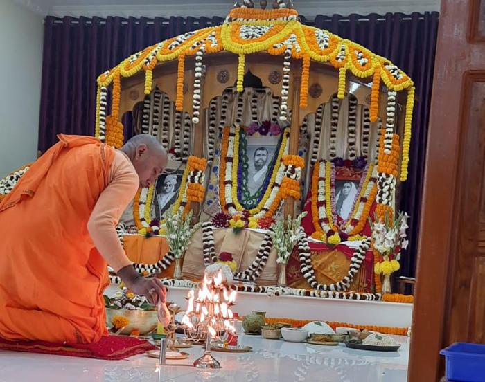 ঝাড়গ্রাম রামকৃষ্ণ মিশন আশ্রমে স্বামীজির তিথি-পুজো - West Bengal News 24