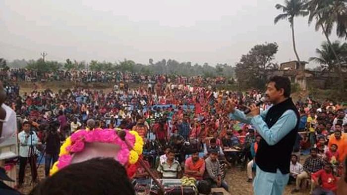 """""""৫০০ কোটির রাজনৈতিক পরামর্শদাতা """" হাওড়া জগৎবল্লভপুরের সভা থেকে বিস্ফোরক রাজীব - West Bengal News 24"""