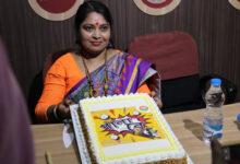 তৃনমূলের বিরুদ্ধে প্রচারের ঝড় তুলতে গানের মাধ্যমে নতুন স্লোগান তুললেন বিজেপি নেত্রী কবিতা নস্কর - West Bengal News 24