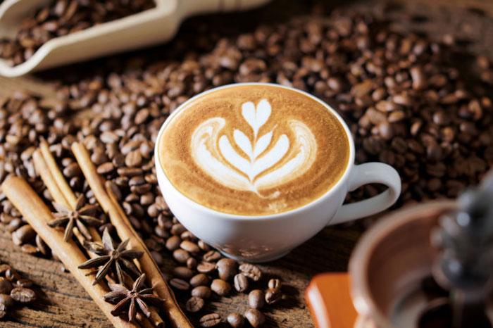সারাদিনে অনেক বেশি কফি পান করছেন? ভালো না খারাপ জেনে নিন - West Bengal News 24