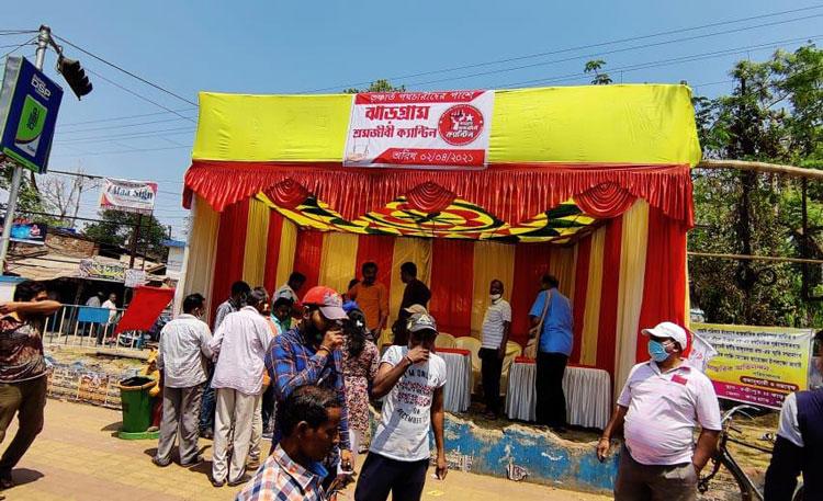 ঠা-ঠা রোদে পথচারীদের জন্য বিনামূল্যে শরবত-লস্যি - West Bengal News 24