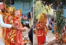 দুই প্রেমিকাকে একইসঙ্গে বিয়ে করলেন যুবক - West Bengal News 24