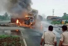 আসানসোলে জাতীয় সড়কে দুই গাড়ির মুখোমুখি সংঘর্ষে আগুন, ভয়াবহ দুর্ঘটনায় মৃত ৩ - West Bengal News 24