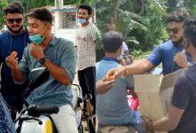 পেট্রোল-ডিজেলের মূল্যবৃদ্ধির কারণে নদীয়ার হাঁসখালি পেট্রোল পাম্পের সামনে তৃণমূল ছাত্র পরিষদের লাড্ডু বিতরণ - West Bengal News 24