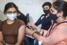 দিল্লিতে টিকার ব্যাপক ঘাটতি, বন্ধ সরকারি টিকাকেন্দ্র - West Bengal News 24