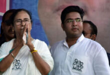 খেয়ে দেয়ে কাজ নেই অভিষেকের পাশে গুন্ডা বসাব, মমতাকে কটাক্ষ রাজ্য বিজেপি-র - West Bengal News 24