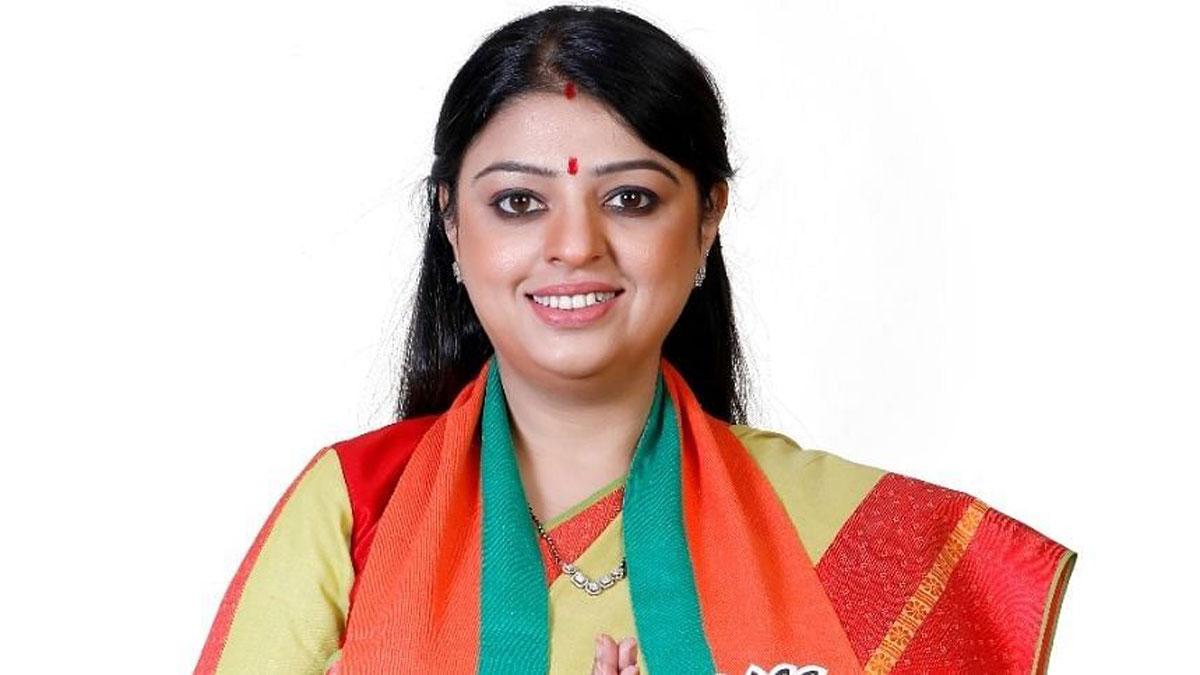 Priyanka Tibrewal : প্রিয়াঙ্কা টিবরেওয়ালের বিরুদ্ধে নির্বাচনী বিধিভঙ্গের অভিযোগ তৃণমূলের, বিজেপি প্রার্থীকে চিঠি কমিশনের - West Bengal News 24